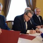 Premier w byłej posiadłości premiera, fotorelacja z wizyty I Wiceprezesa Rady Ministrów, Ministera Kultury i Dziedzictwa Narodowego prof. dr hab. Piotra Glińskiego