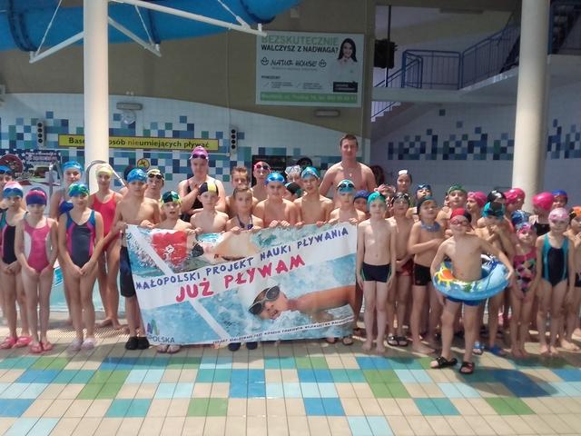 Uczastnicy projektu Już pływam, 2016