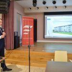 Konferencja prasowa w zakliczyńskim Ratuszu w związku z rozpoczęciem procedury wyłonienia wykonawcy dwóch bloków mieszkalnych