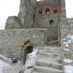 Pierwszy etap odbudowy wieży zamku w Melsztynie