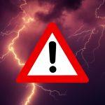 ostrzeżenie metorologiczne, burza, znak ostrzegawczy